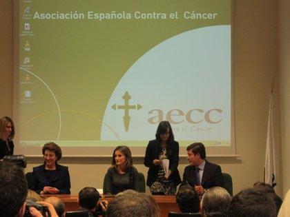 La Asociación Española Contra el Cáncer lanza la campaña 'Siendo más seremos más fuertes' para aunar esfuerzos
