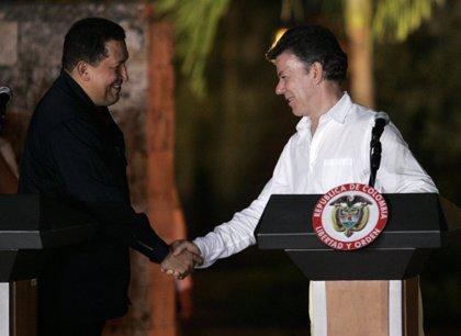 Santos viajará a Cuba el miércoles para reunirse con Castro y Chávez