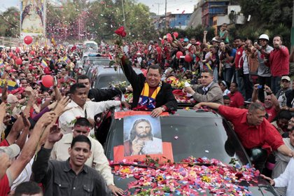 Crece la intención de voto a favor de Chávez tras el anuncio de su operación