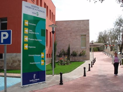 """CMancha.- Tirado asegura que el Hospital de Manzanares seguirá ofreciendo una sanidad """"pública, universal y gratuita"""""""