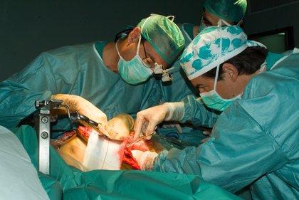 Los hospitales públicos realizan 80 trasplantes renales en los dos primeros meses, siete de donante vivo