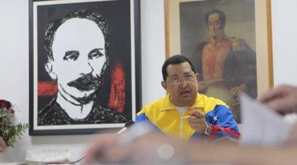 """Chávez anuncia que volverá a Venezuela en los """"próximos días"""""""