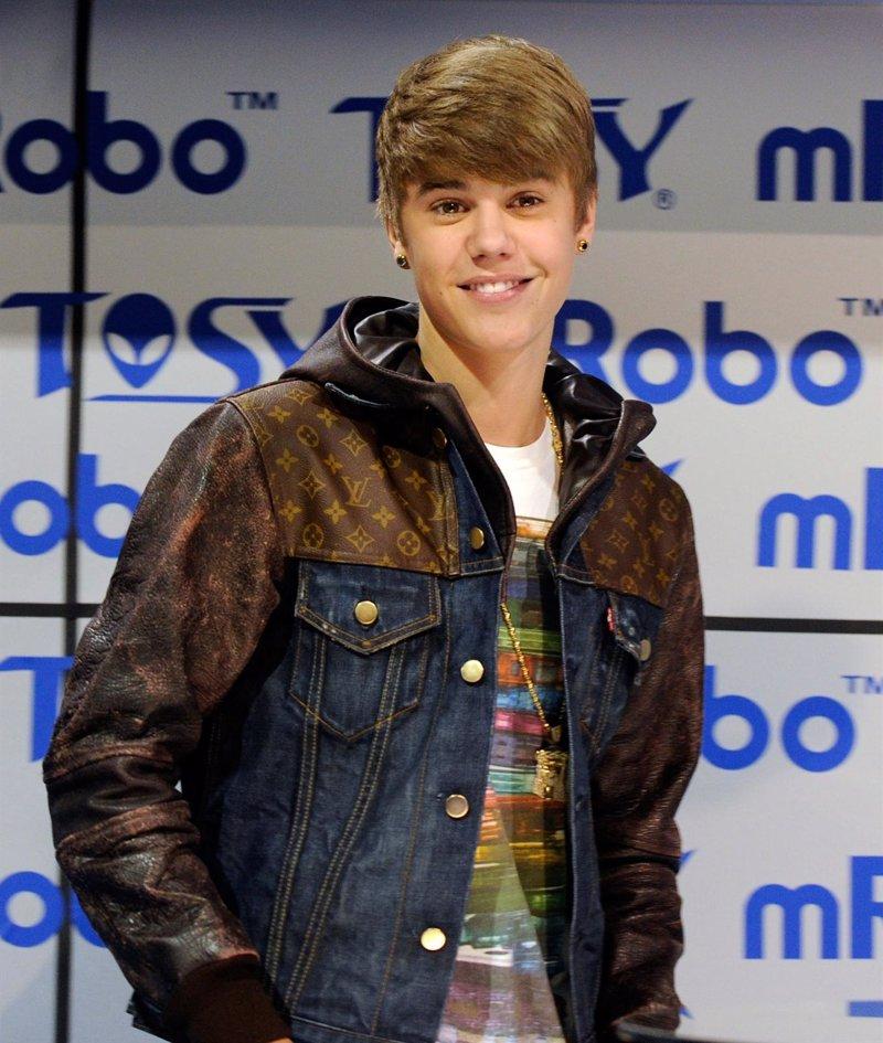 Justin Bieber Anade Un Nuevo Tatuaje A Su Pierna