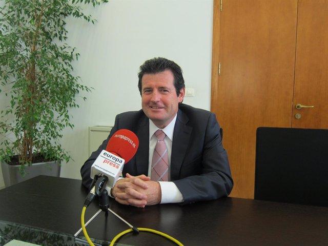 El Vicepresidente De La Generalitat, José Císcar