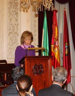 María Teresa Fernández de la Vega en el Ayuntamiento de Cádiz