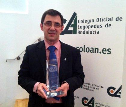 Andalucía.- Juan Solanellas, otorrino del Valme (Sevilla), distinguido por el Colegio de Logopedas