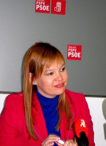 Pajín alerta de que el pago por receta agrava la desigualdad de derechos de los catalanes sobre el resto de ciudadanos
