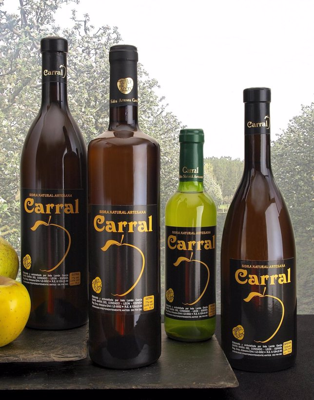 Imagen De Algunas Botellas De Sidra Carral