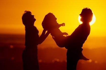 Consejería de Sanidad y Política Social registra más solicitudes de adopción que niños tutelados tiene