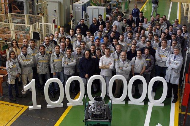 Trabajadores De Renault Sevilla En Un Reciente Hito