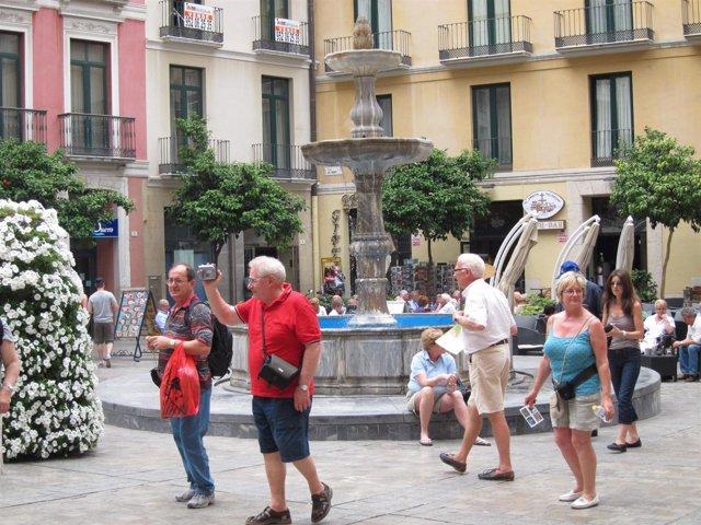 Turistas En Málaga Viajeros