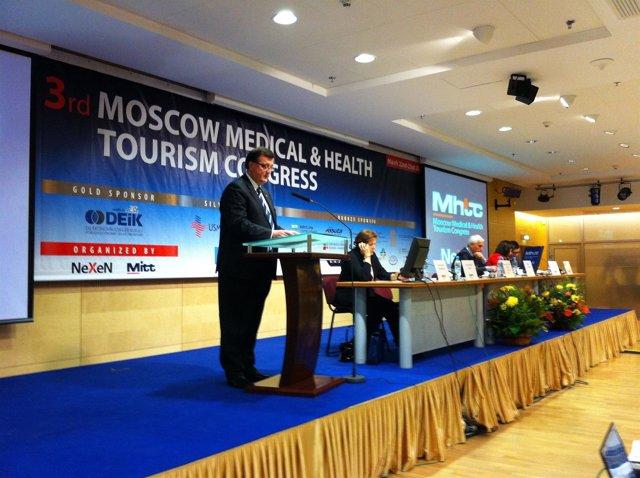 El Conseller F.X. Mena En El Salón De Turismo De Moscú
