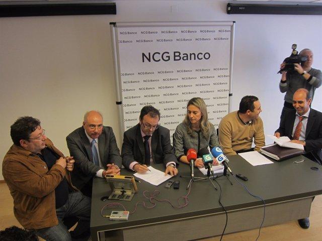 La Dirección De NCG Y Los Sindicatos, Durante La Firma