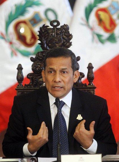 """Humala advierte a Reino Unido de que Perú no es """"colonia de nadie"""""""