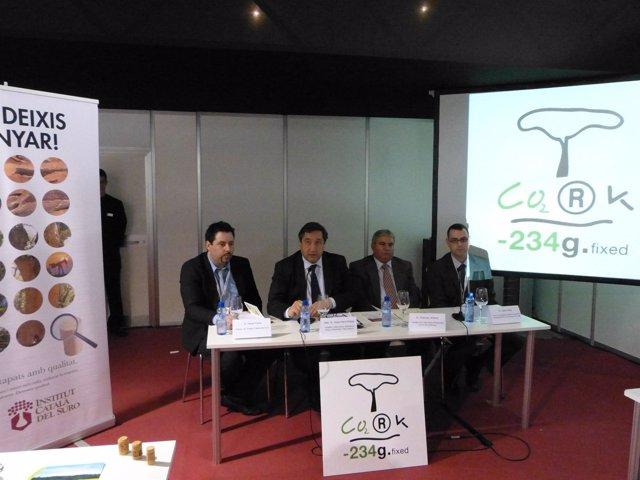 El Conseller J.M.Plegrí Presenta Un Estudio Sobre La Fijación De CO2 Del Corcho