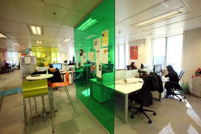 Foto recurso Google España oficina ordenador