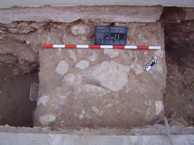 Muro Medieval Descubierto En Alzira (Valencia)