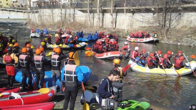Descensos En Rafting En El Noguera Pallaressa En Llavorsí