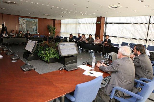 Una Imagen De La Sala Desde La Que Se Controló La Puja Electrónica.