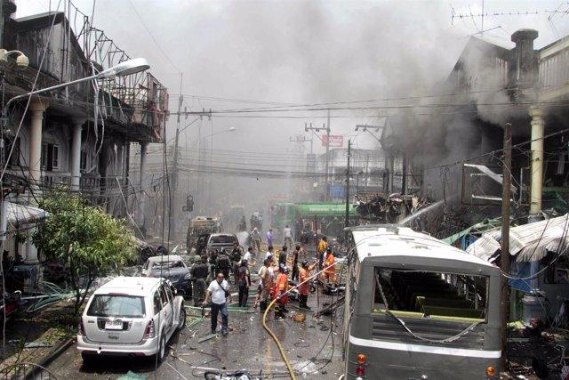 Explosiones Y Ataques Con Bomba En El Sur De Tailandia