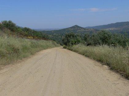 Agricultura pone en marcha el 90% del Plan 'Encamina2' para el arreglo de caminos rurales