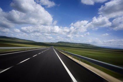 La Junta invierte 320.000 euros en la renovación del firme de varias carreteras de la provincia de Cuenca