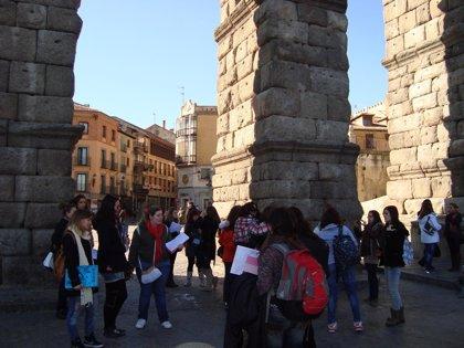 Segovia sumará puntos de información turística y ampliará el programa de visitas guiadas desde mañana