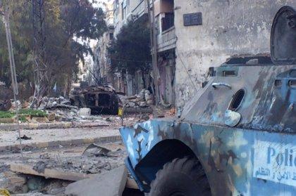 Arde un centro de ayuda de la Media Luna Roja en la ciudad de Homs