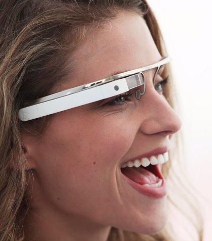 Google presenta su proyecto de gafas con realidad aumentada