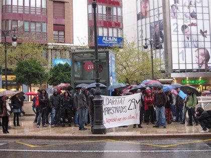50 personas se concentran en Valencia en solidaridad con los detenidos de Barcelona