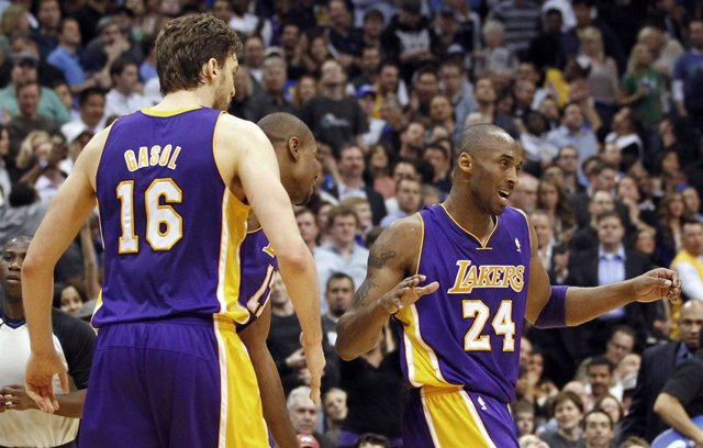 Pau Gasol, Bynum Y Bryant, De Los Angeles Lakers