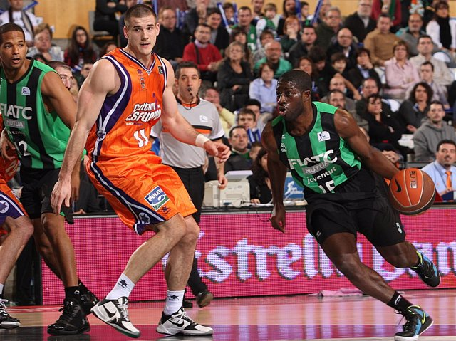Caner-Medley Y Pooh Jeter, FIATC Mutua Joventut - Valencia Basket (Baloncesto)
