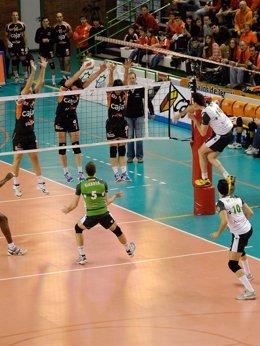Unicaja Almería Y Caja 3 Voleibol Teruel