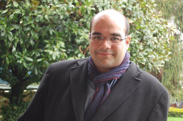 El candidato del BNG a la Alcaldía de Santiago, Rubén Cela