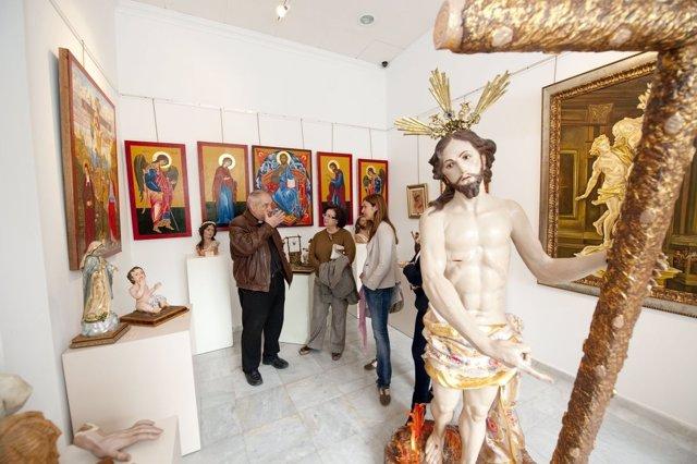 Imagen De La Exposición De Obras Religiosas