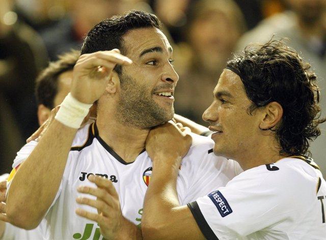 El Valencia Arrolla Al AZ Y Se Planta En Semifinales