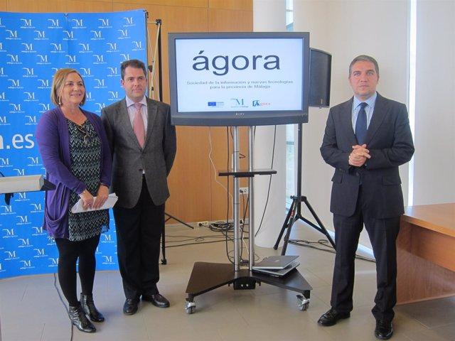 Bendodo Junto A Los Diputados En La Presentación Del Proyecto Ágora