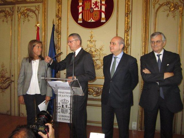 Los Tres Ministros Junto Al Fiscal General Del Estado