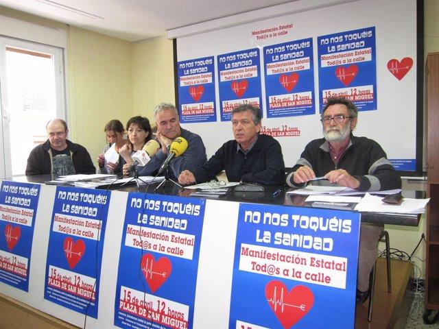 Miembros De La Plataforma Contra La Privatización De La Sanidad En Aragón