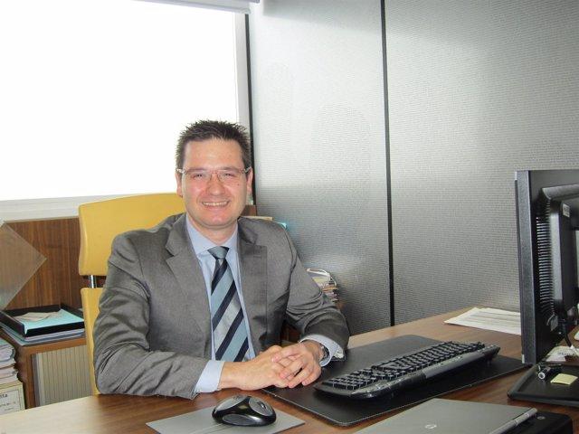 Javier Val.