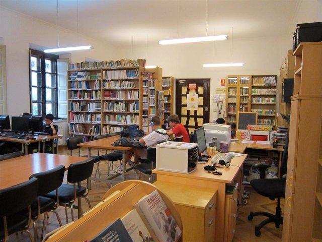 Biblioteca De Valdáliga