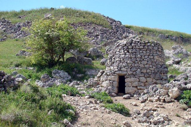 Viejo Chozo Del Valle Del Cuco