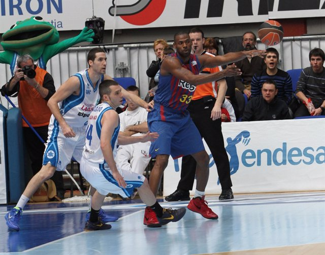 Pete Mickeal, Lagun Aro GBC - FC Barcelona Regal (Baloncesto)