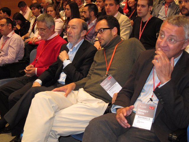 Rubalcaba En El XII Congreso Autonómico Del PSOE De Cyl