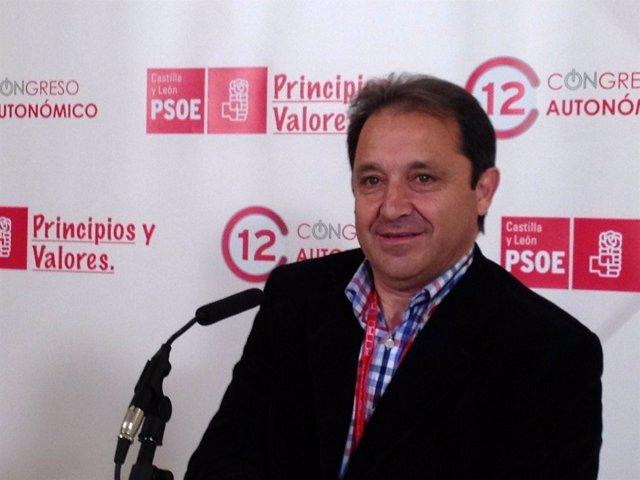 El Secretario Provincial Del PSOE En Segovia, Juan Luis Gordo