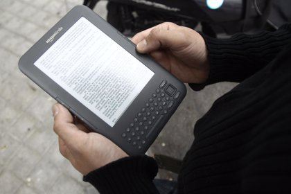 Recomiendan el uso moderado del 'e-book' y utilizarlos con buena iluminación para evitar problemas oculares