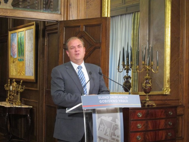El Presidentre Del Gobierno De Extrremadura, Jose Antonio Monago