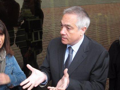 PSC exige a Mas que retire el euro por receta si el Estado implementa medidas de copago