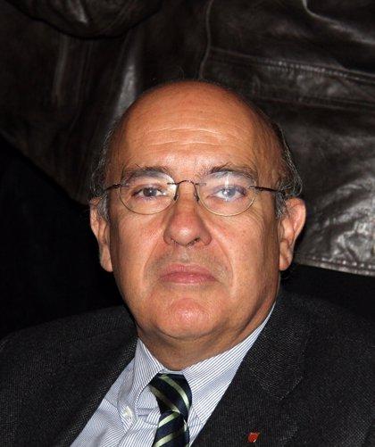 Boi Ruiz decidirá la próxima semana si retira la tasa del euro por receta