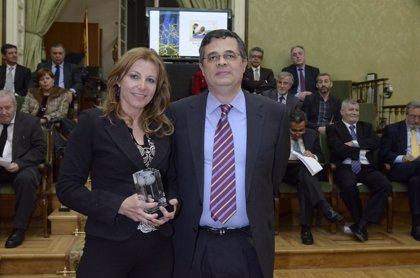 Una neuropediatra del Hospital La Fe recibe el Premio SEN Epilepsia